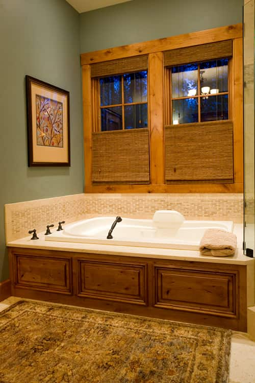 Caldera Springs Bathtub Wood Detail